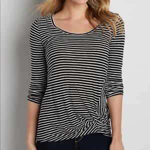 🌿 Maurices 🌿 Striped Twist Knot Top